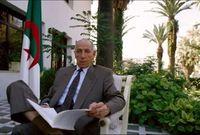 بعد عودته للجزائر ساهم بوضياف في تنظيم اللجنة الثورية للوحدة والعمل التي ترأسها وكانت تضم اثنين وعشرين عضوًا وهي التي قامت بتفجير ثورة التحرير الجزائرية